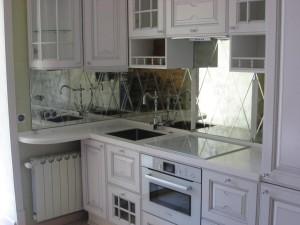 зеркальное пано для фартука на кухню