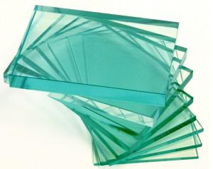 Прозрачное бесцветное стекло