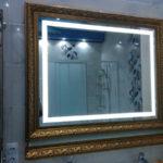 Зеркало в ванну с подсветкой в багете